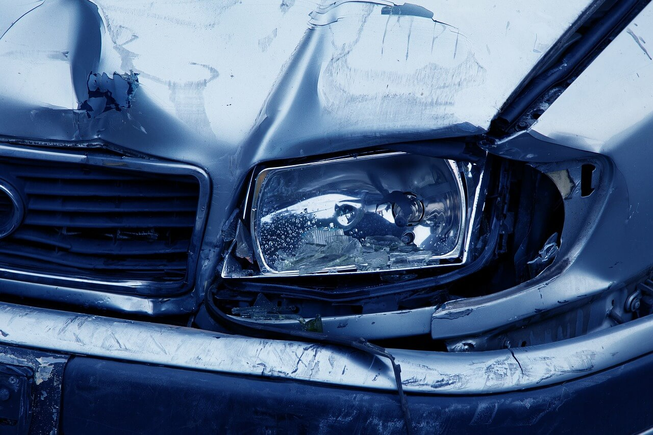 14-year-old passenger suffers head injury in car accident, £150,000 settlement